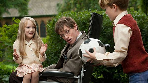 the theory of everything-raffiella chapman-eddie redmayne-oliver payne.jpg