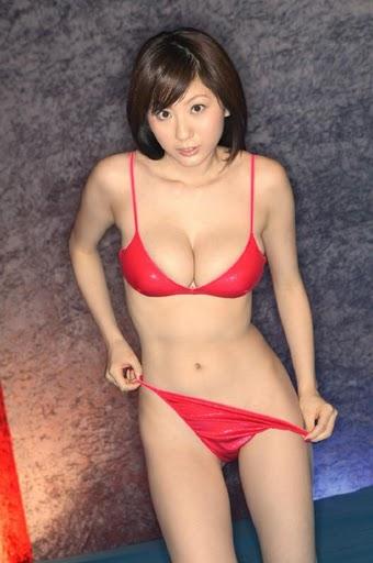 麻美ゆま.jpg