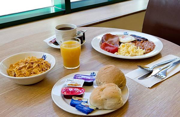 royal-national-english-breakfast