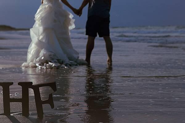 另外一片開闊的天空,相互扶持一起生活,幸福的繼續走下去