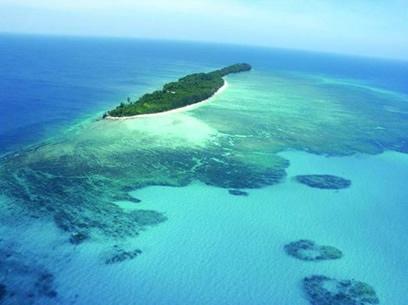 mantanani_island_00[1]