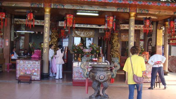 最上層就是九天玄女娘娘的廟宇
