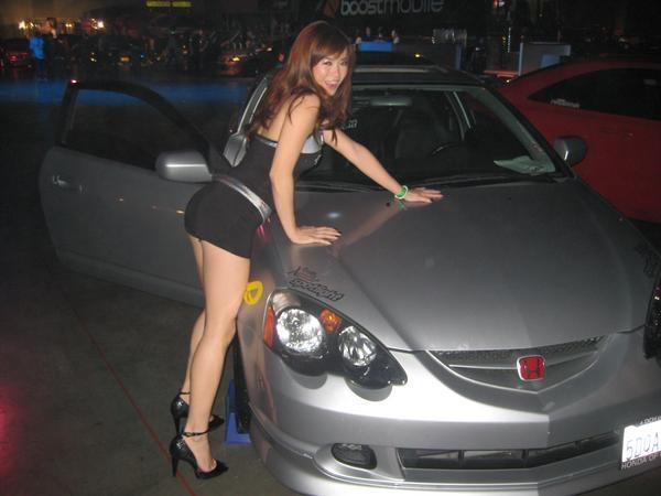 HIN LA spotlight model