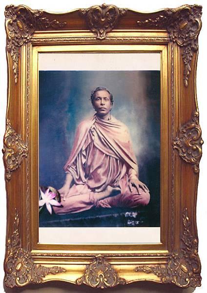 本師釋迦牟尼佛3千多年前剛出家油畫法像-框5-R001-001_48x68cm.jpg