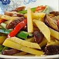 10香菇炒土豆條.jpg