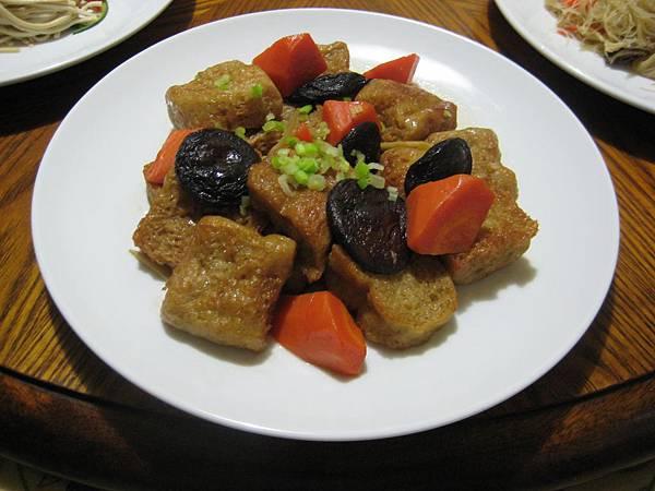 302E-4燒胡蘿蔔烤麩