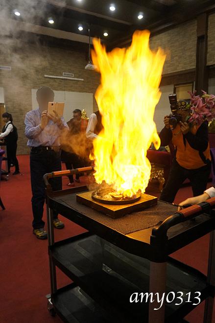 火燒牛排.jpg