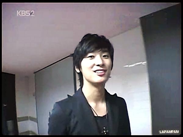 Ju Ji Hoon's bi[20111007-0106012].BMP