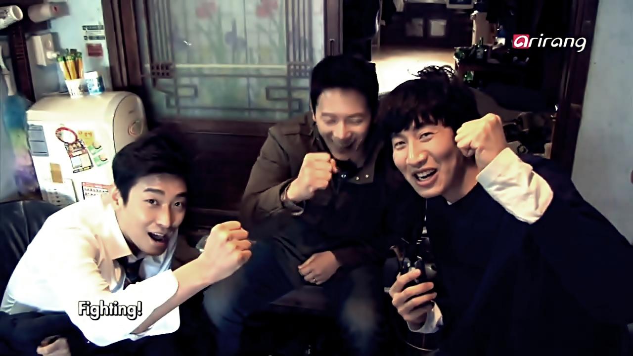 Showbiz_Korea_-[00_03_26][20140626-081219-0]