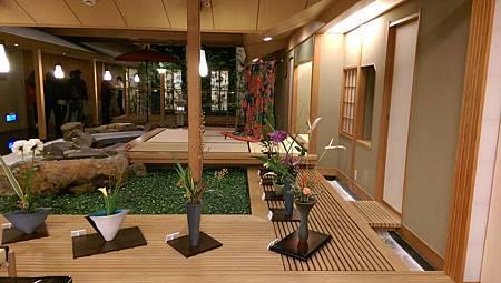 IMAG0014-加賀屋六樓中庭展示區-5.jpg