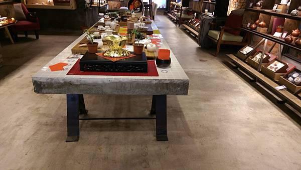 IMAG0173-大長方型沖茶器皿展示區-2.jpg