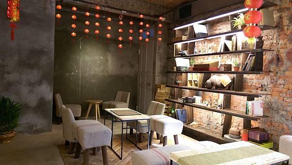 IMAG0189-飲茶座位區及禮品選購區-2.jpg