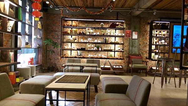 IMAG0192-飲茶座位區及禮品選購區-3.jpg