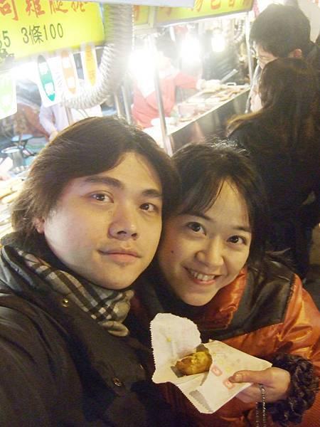DSCF1554逛樂華夜市.JPG