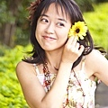 amy_yellow_110521_033.jpg