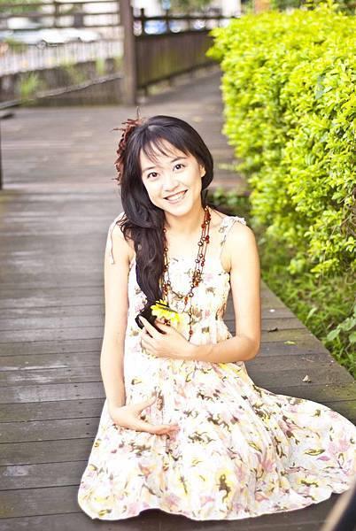 amy_yellow_110521_051.jpg