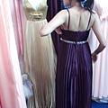 DSCF4592拿禮服.JPG
