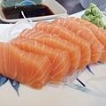 DSCF5650生魚片.JPG