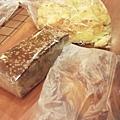 DSCF5679買麵包.JPG