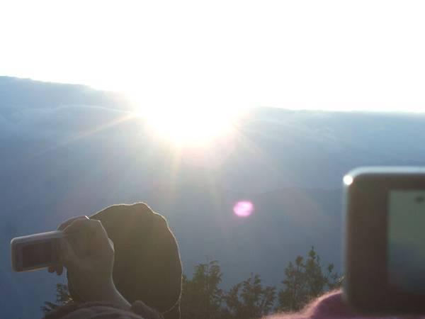 DSCF0735太陽跳出來.JPG