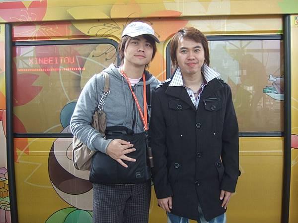 DSCF2093李小豬跟原碩.JPG