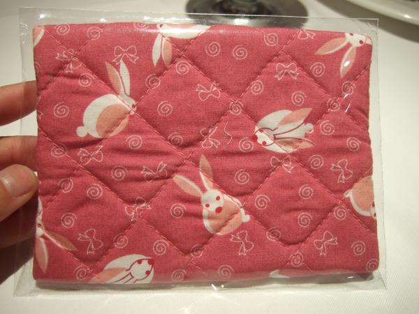 DSCF3138面紙套是兔子圖案.JPG