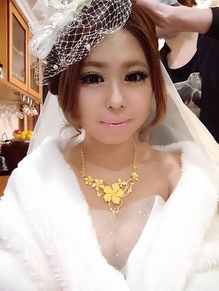 新娘造型推薦:桃園新秘巧萍