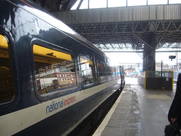 King's Cross火車站~我們準備搭火車到約克-5.jpg