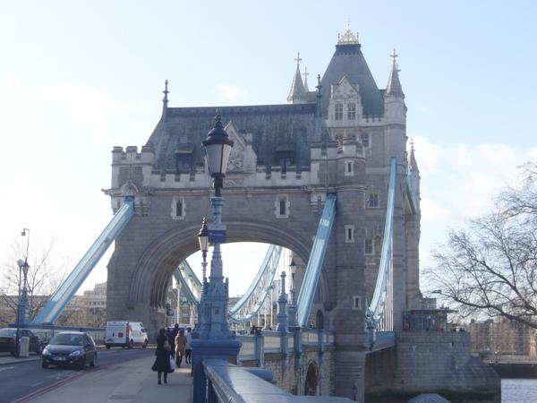 倫敦~塔橋-1.jpg