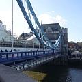 倫敦~塔橋-6.jpg