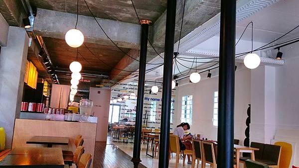 Day2_弘大_食_I%5Cm coffee_5.jpg