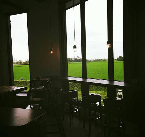 一樓咖啡廳.jpg