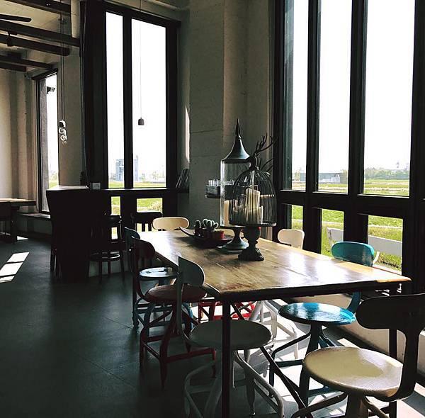 一樓咖啡廳二.jpg