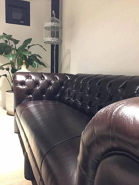 三樓沙發區二.jpg