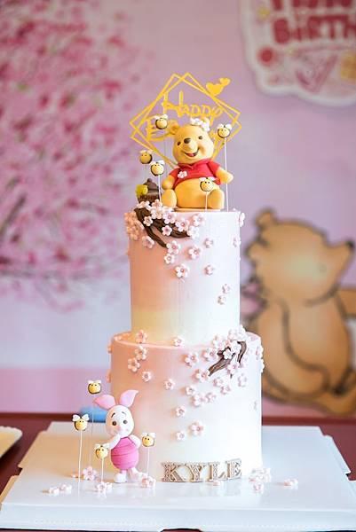 維尼主題蛋糕.jpg