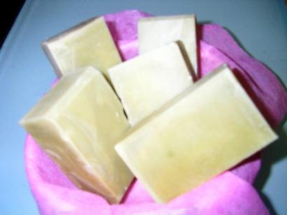 酪梨珍奶皂.JPG