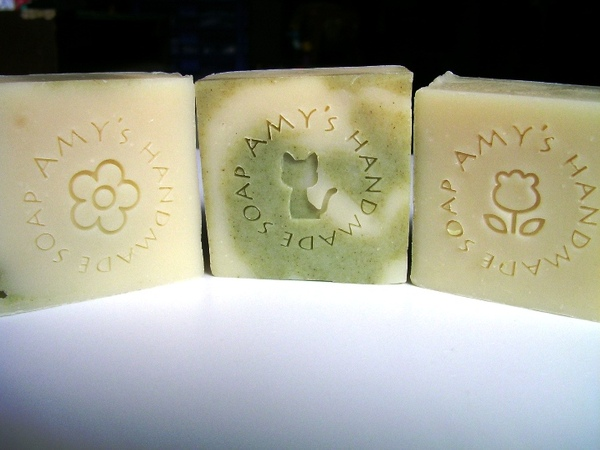 茶花洗髮皂1.JPG