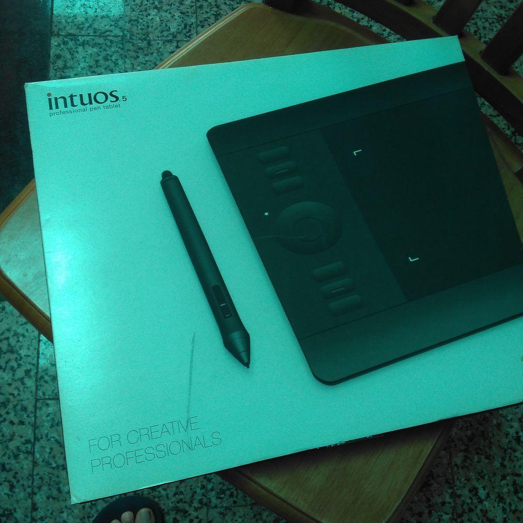 WACOM Intuos5 4x6 Pen Only (S) PTK-450K0-C 繪圖板.jpg