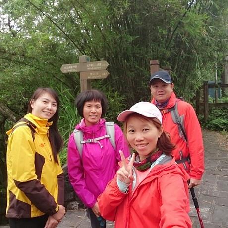 106042301陽明山絹絲瀑布步道.jpg