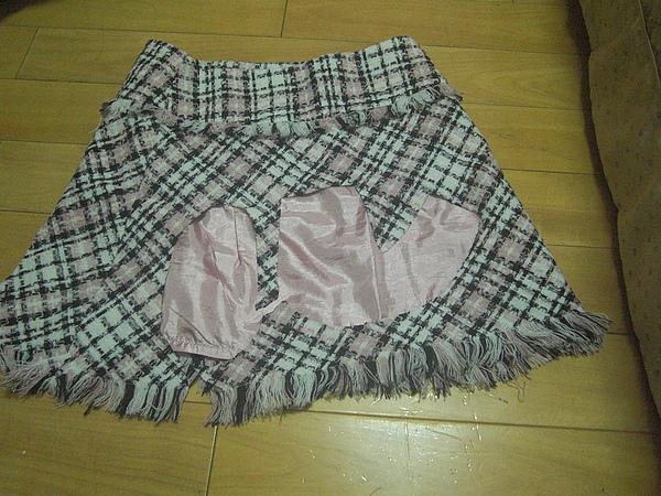 媽媽送的裙子.JPG