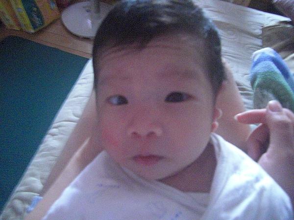 出生第3個星期.JPG