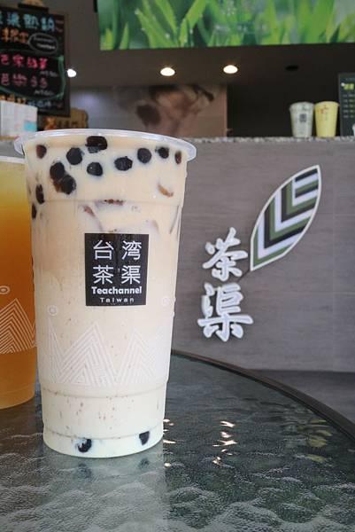 台灣茶渠黑糖珍奶茶 (18).JPG