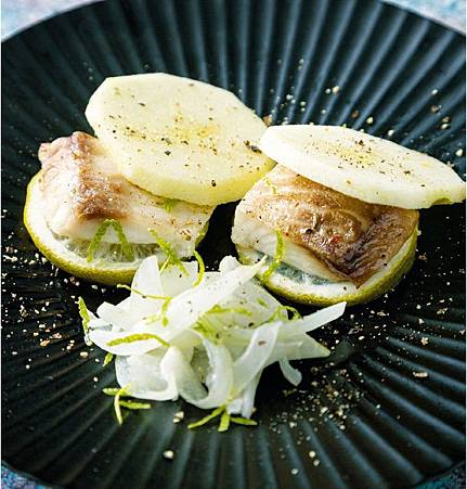 蘋果檸檬烤鯛魚.jpg