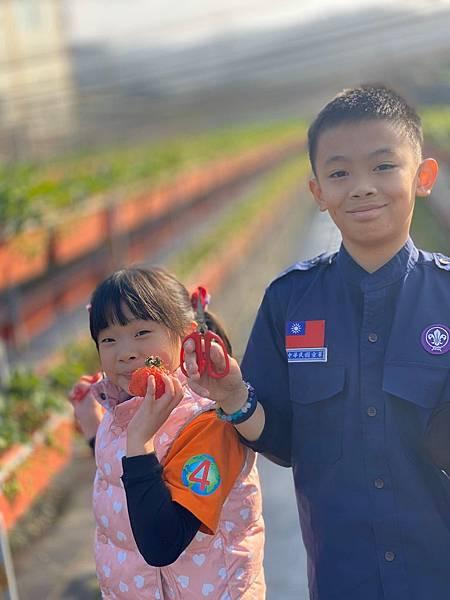 20191227阿根採草莓 (49).jpg