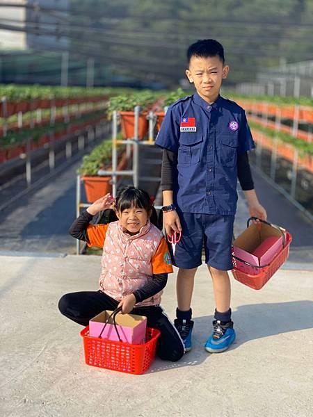20191227阿根採草莓 (75).jpg