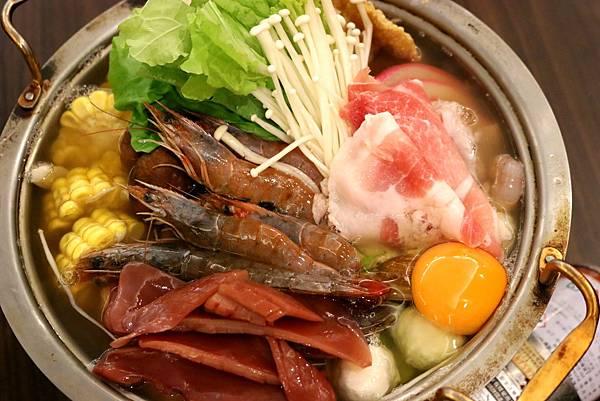 1450800052 3686741526 n - 熱血採訪【台中。築也日本料理店】應有盡有任君選擇的平價美食