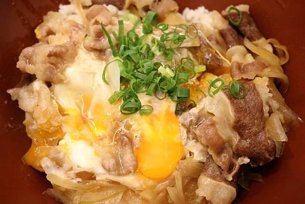 1450800101 2007250235 n - 熱血採訪【台中。築也日本料理店】應有盡有任君選擇的平價美食