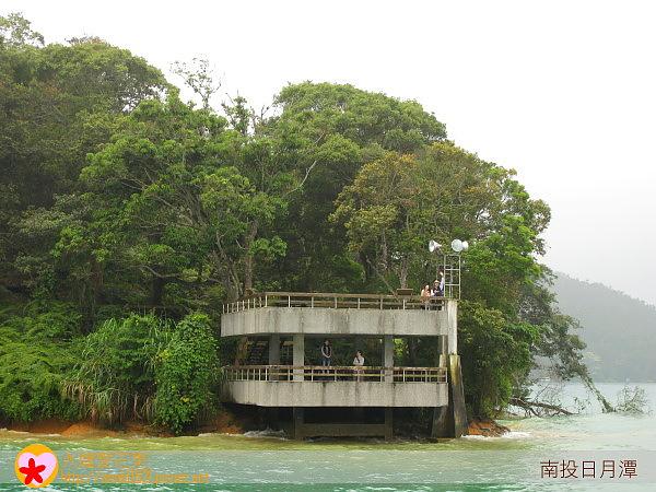 18台灣最小的燈塔.jpg