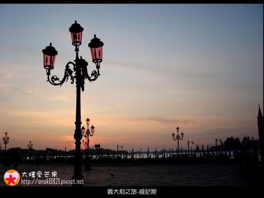 2041清晨中的威尼斯.JPG