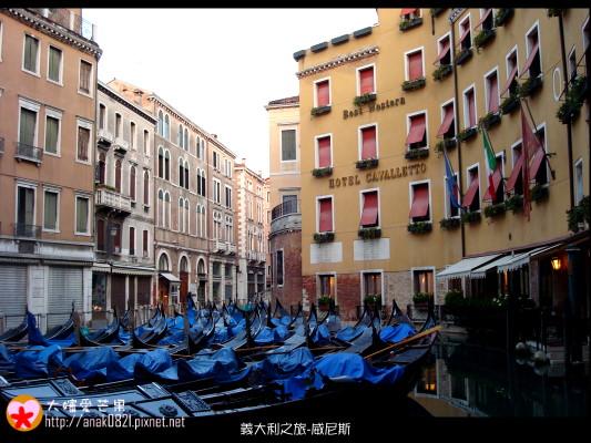 2045清晨中的威尼斯.JPG